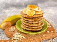 Рецепта Смес / тесто за американски бананови палачинки без брашно с овесени ядки, банани и прясно мляко